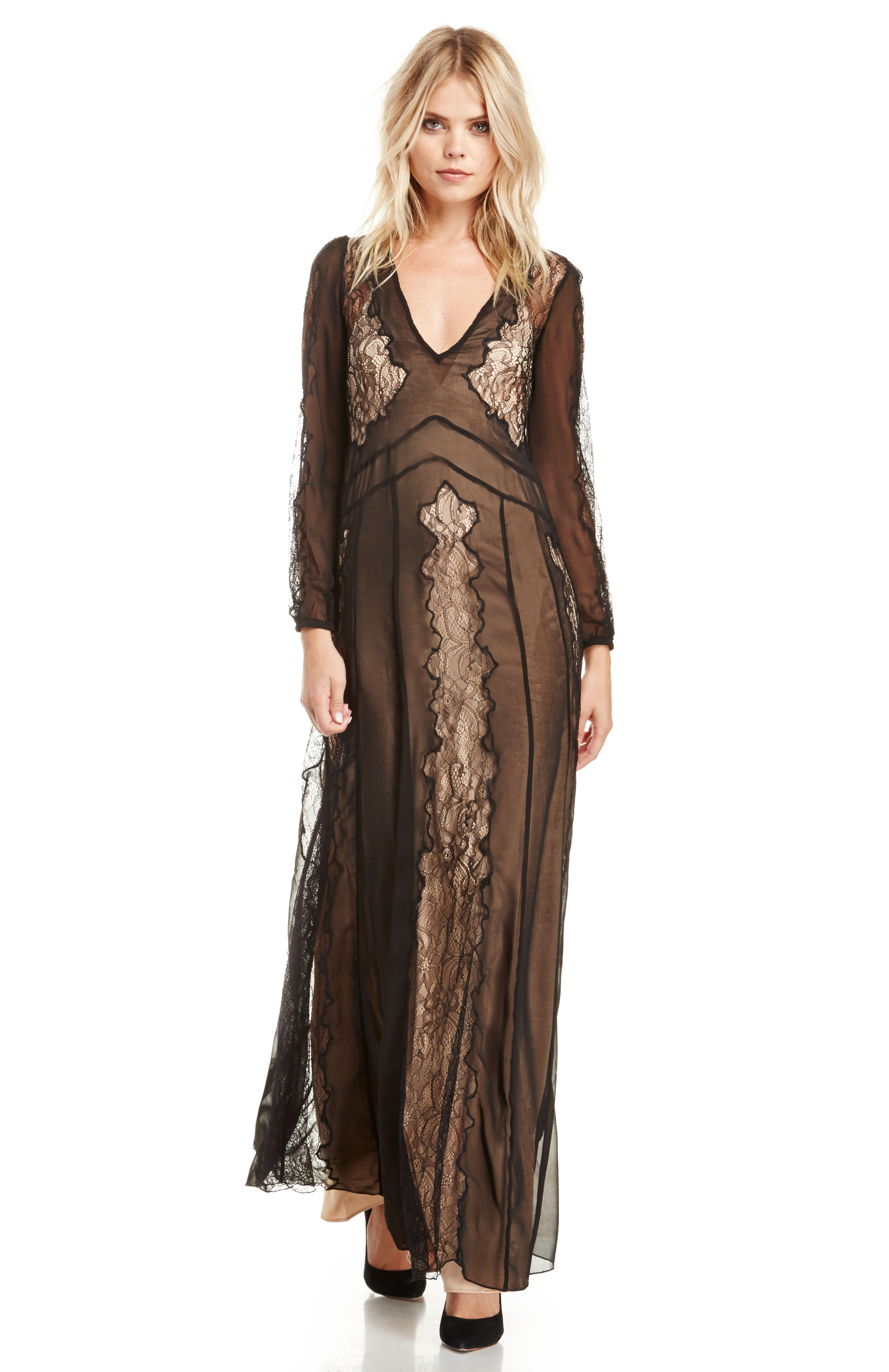 Stone Cold Fox Vermont Lace Gown in Black | DAILYLOOK
