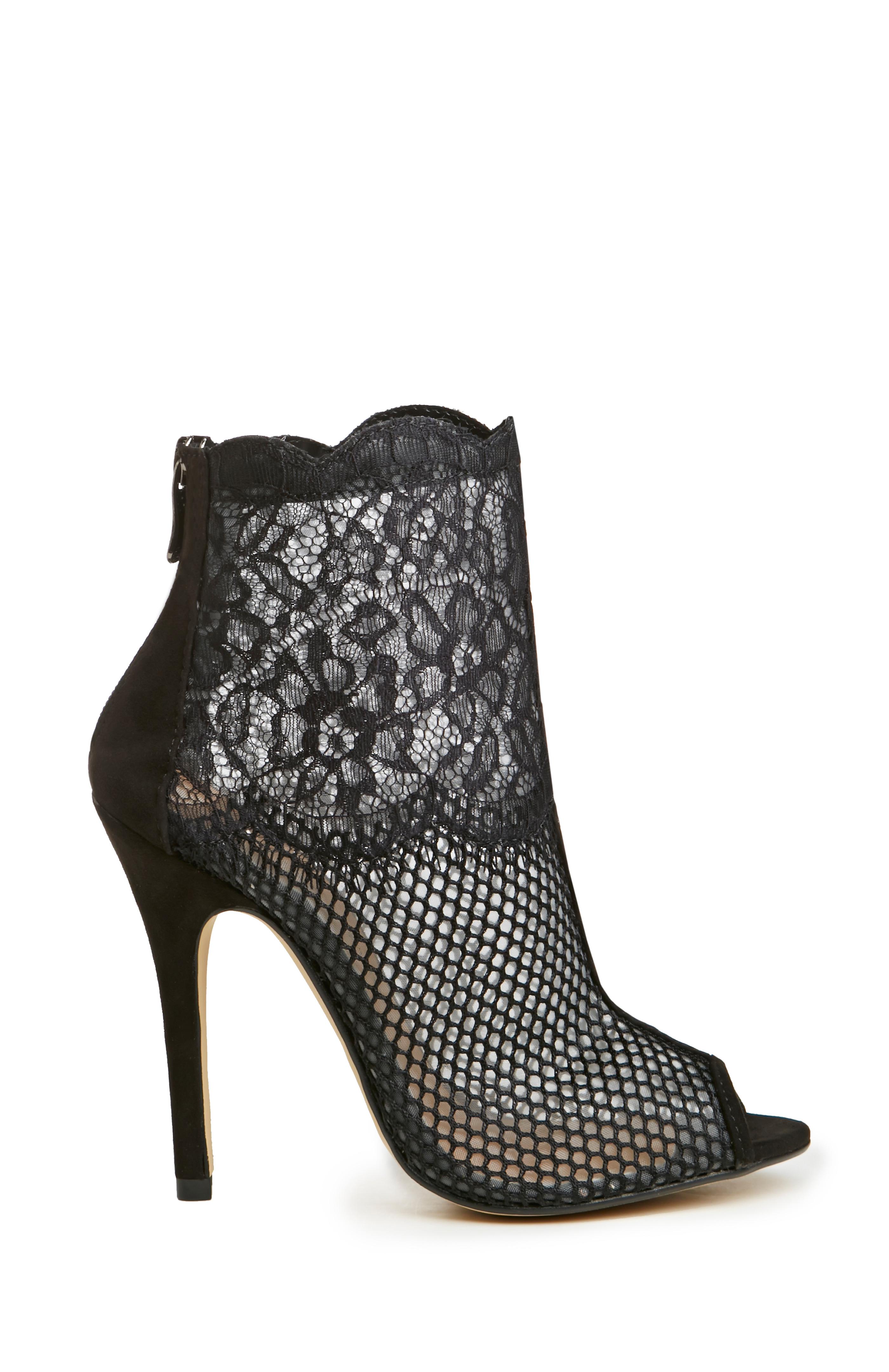 Chinese Laundry Lace Jeopardy Heels in Black   DAILYLOOK