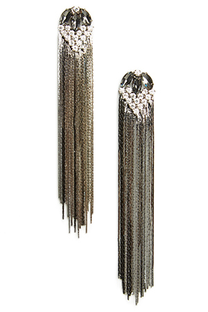 DAILYLOOK Fringe Earrings