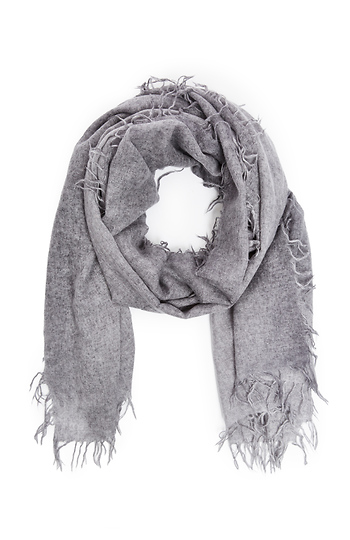 b8d127cc3 Subtle Luxury New York Parkway Cashmere Scarf in Light Grey | DAILYLOOK