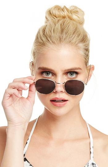 Quay Holice Sunglasses Slide 1