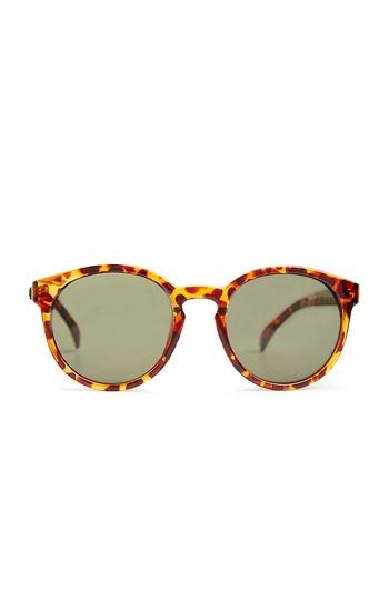Quay Coy Sunglasses Slide 1