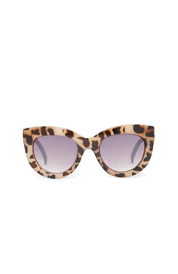 Quay X Shay Mitchell Jink Bold Frame Sunglasses Slide 1