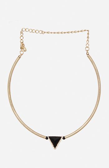 DAILYLOOK Triangle Charm Choker Necklace Slide 1