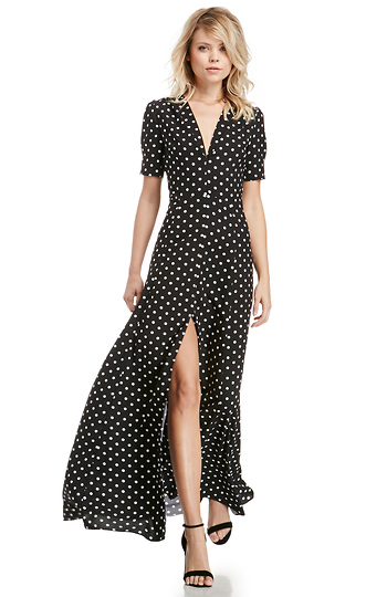 DAILYLOOK Sultry Polka Dot Maxi Dress in Black / White | DAILYLOOK