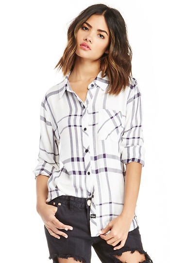 300c499e Rails Hunter Button Down Plaid Shirt in Navy | DAILYLOOK